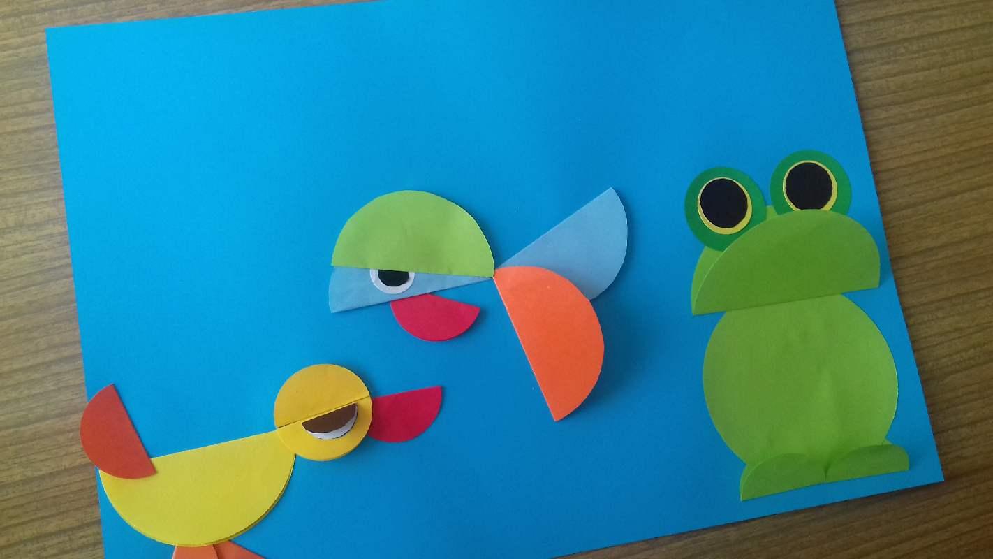 Z biblioteczną wizytą na oddziale dziecięcym. Rybki, żabki, kaczuszki i … reżyser