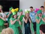 Przedstawienie dzieci ze specjalnego ośrodka szkolno-wychowawczego w Złotej