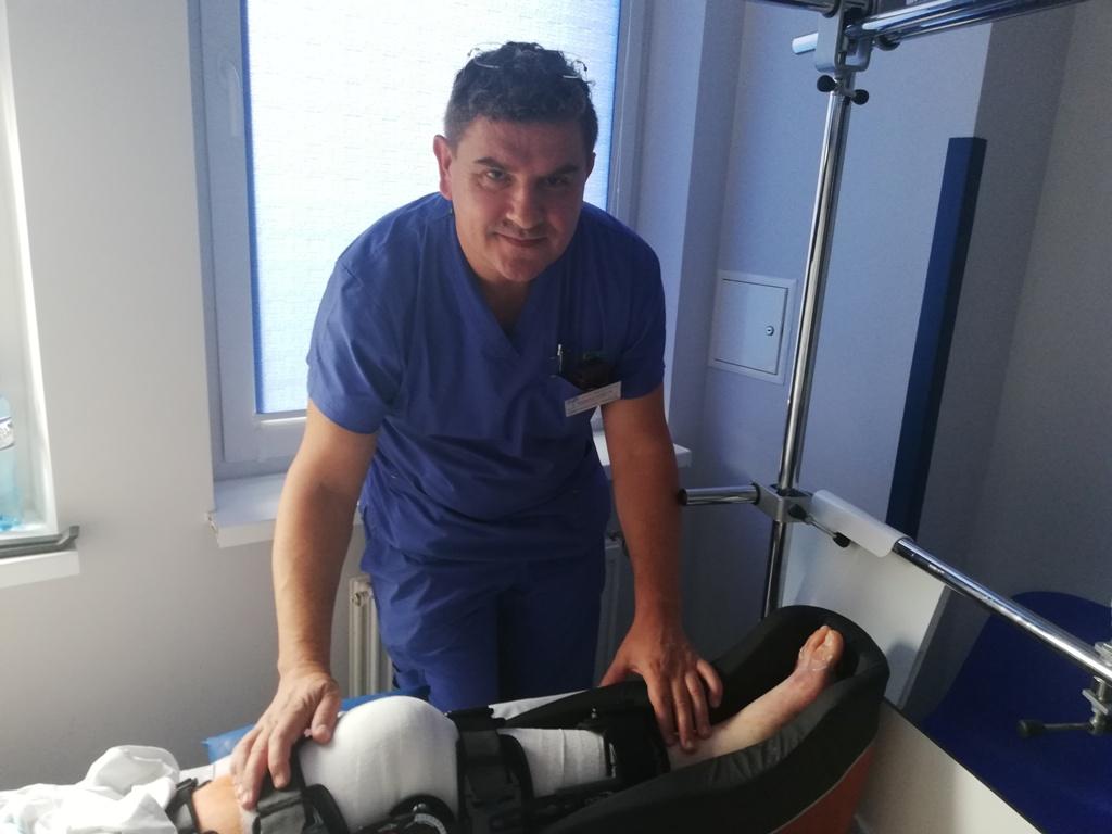 Endoprotezoplastyka stawu kolanowego także w Brzesku