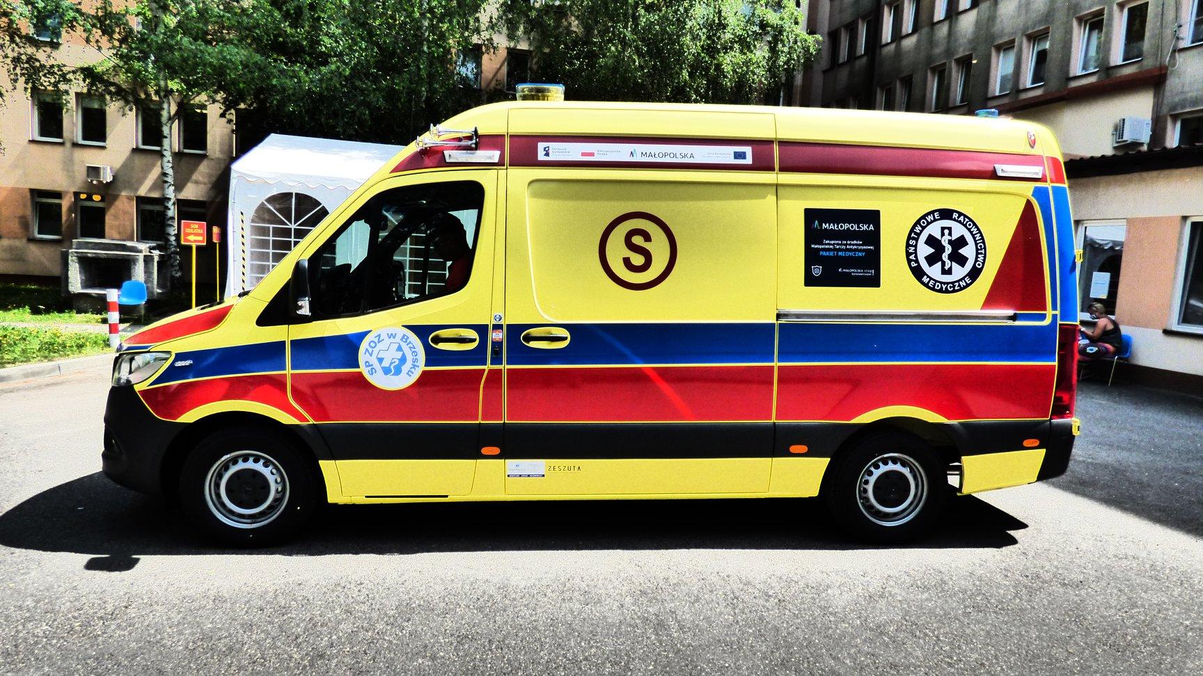 Nowy ambulans już w szpitalu.